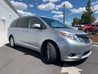 Pre-Owned 2014 Toyota Sienna L FWD 4D Passenger Van